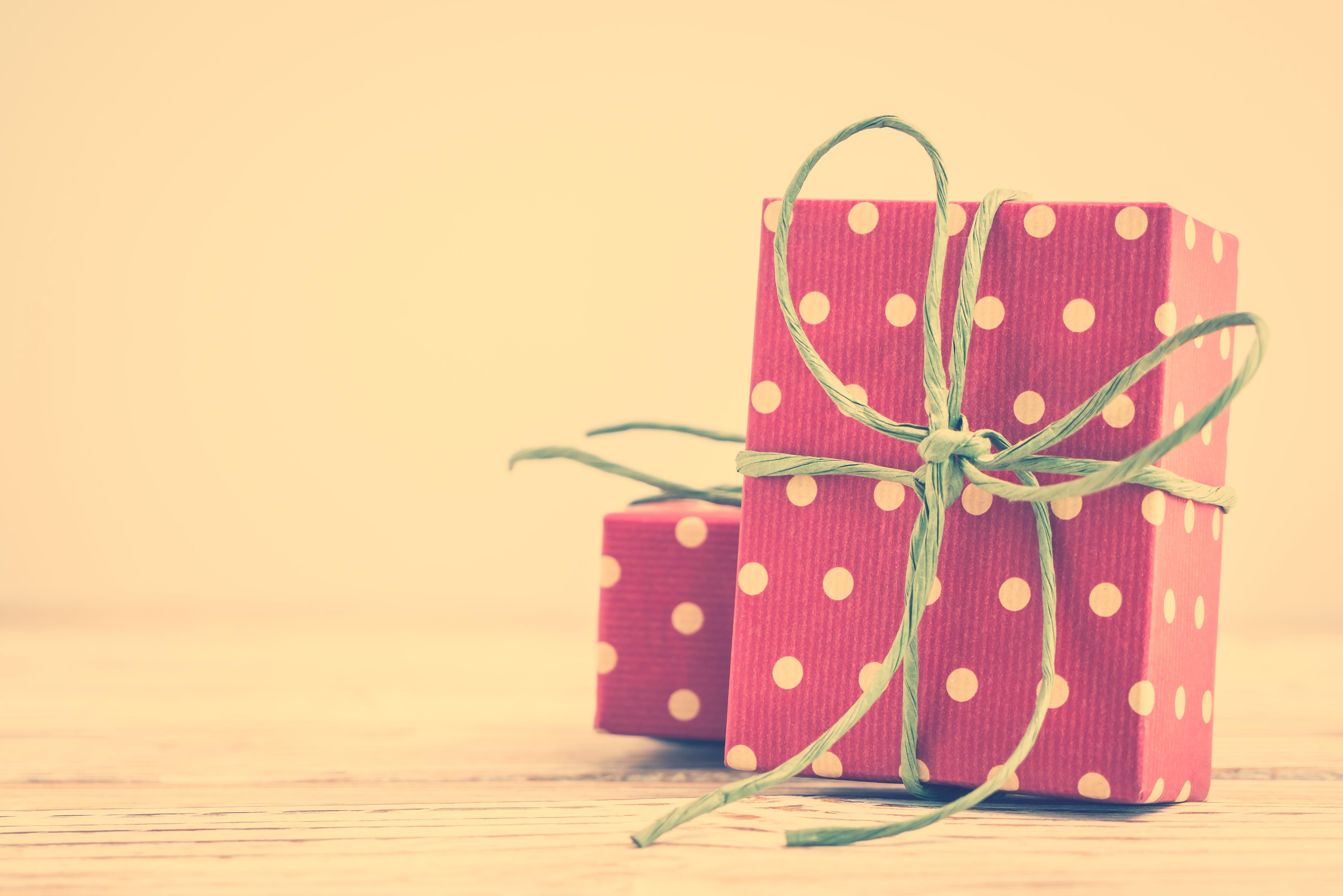 Oryginalne pomysły na prezent – bibeloty