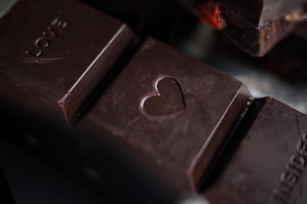 Bombonierki z czekoladkami z napisami