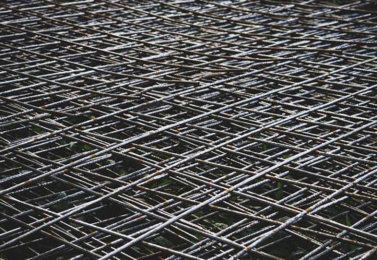 Kotwy gruntowe – stabilność w budownictwie